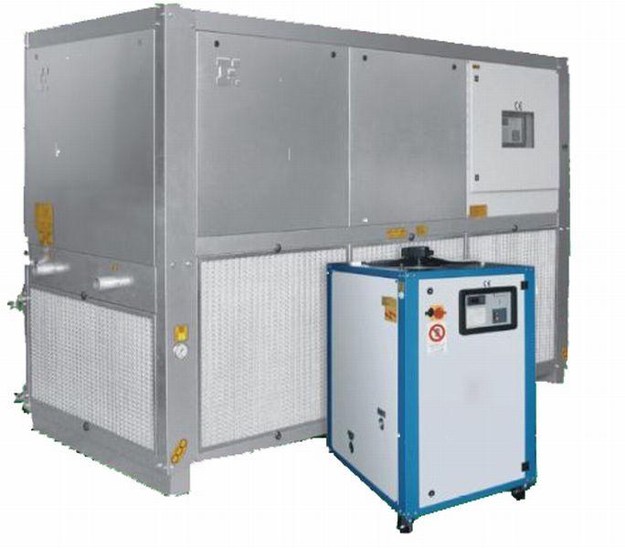 Чиллеры (охладитель жидкости, холодильник, чиллер) итальянского производства мощностью охлаждения 2,2 - 948 кВт., водяного и воздушного охлаждения.