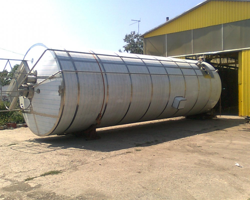 Tanks for storage of the cooled milk