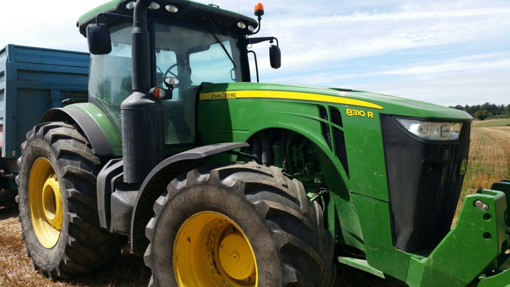 Купить Трактор John Deere 8310 R 2014 года