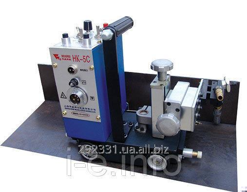The self-propelled HK-5C carriage for automatic welding