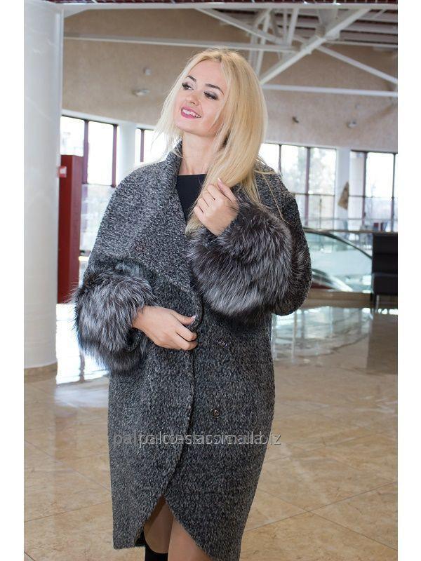 e8b3b3563ec Стильное женское зимнее пальто из букле Samange M 523it. купить в ...
