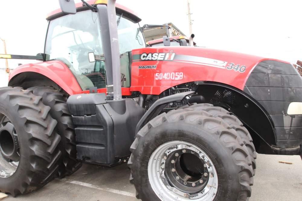 Купить Трактор колісний CASE-340
