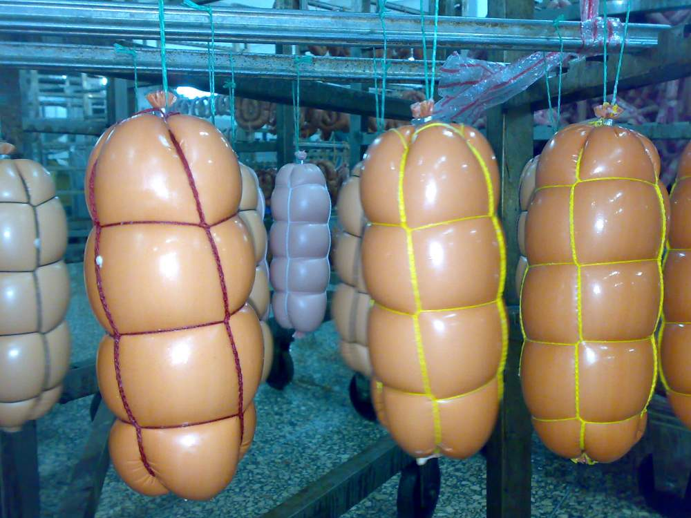 Smoke-permeable sausage cover with the increased restuffing MAKSILON SL