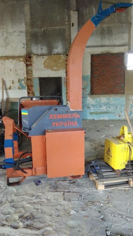 Concasor (crengi, scheporez) tractor (montat) pentru deseuri de lemn si lemn RM-800.5 / 3P