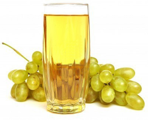 The concentrated juice of white grapes