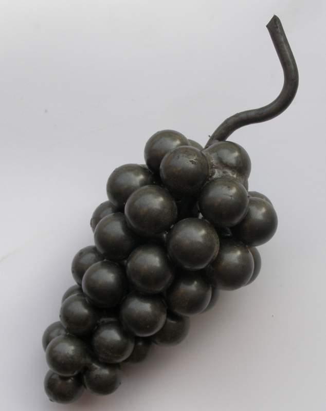 Кованая гроздь виноградная большая