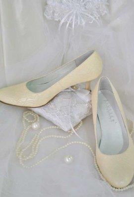 74b5d2c1f17cbb Взуття весільне для нареченої купити в Київ