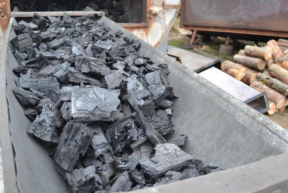 Купить Древесный уголь твердых пород древесины( дуб, граб, ясень)