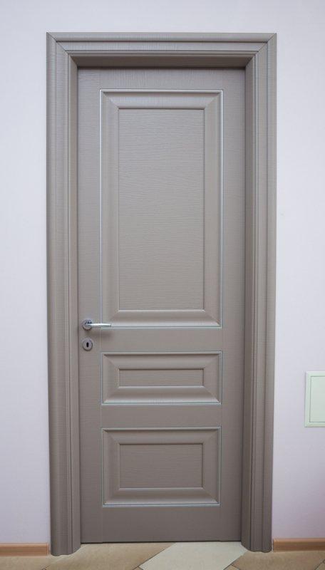 Модель 24. Межкомнатная дверь из массива дерева.