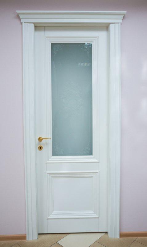 Модель 23. Межкомнатная дверь из массива дерева.