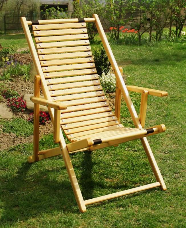 Шезлонг садовый деревянный