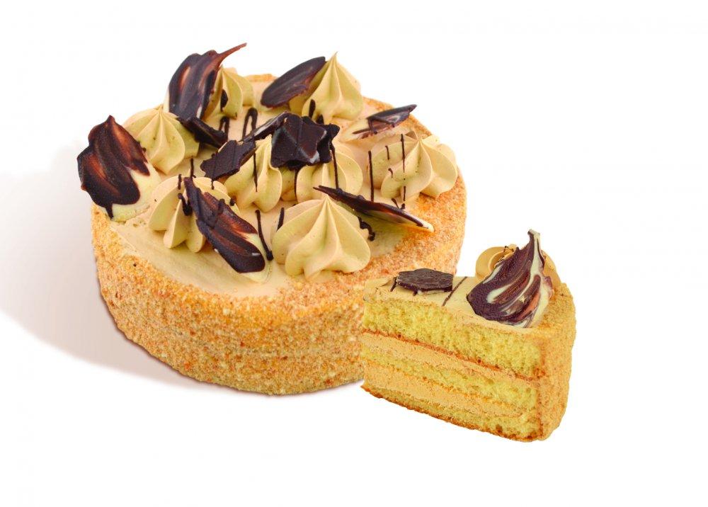 """Pastel """"estrella"""" de los pasteles de crema blanca revestida con base de crema de luz hierve con leche condensada. Peso 0,5 kg y 1 kg."""