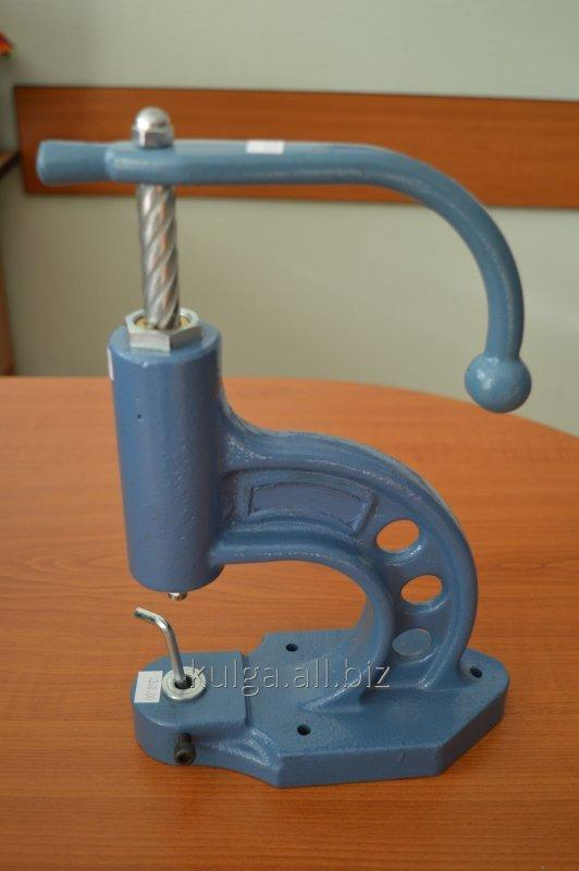 Buy Press of Presmak T-105 for installation of buttons