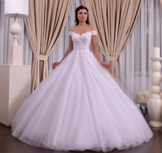 Wedding dress, model 662 (ballgown)