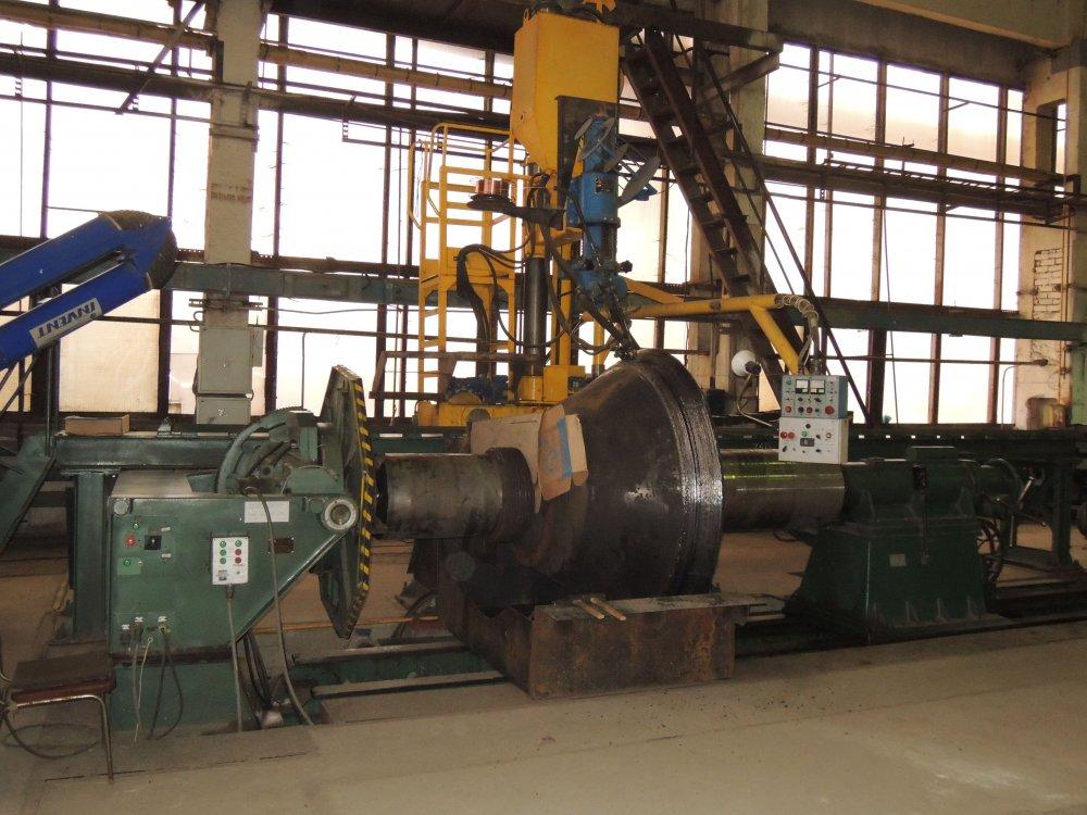 Купить Универсальная установка типа РМ УН-15 для наплавки крупногабаритных деталей