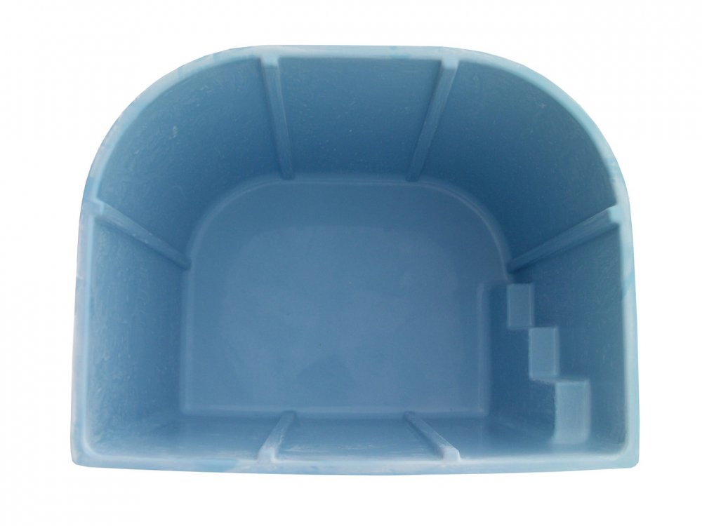 Ёмкость с крышкой резервуар для активных веществ Бриз 2,6 х 2,1 х1,5м 7,5 м.куб