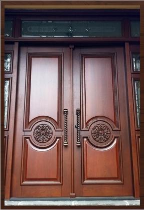 фото деревянные двери входные