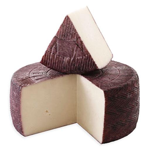 Сыр Пекорино выдержанный в вине