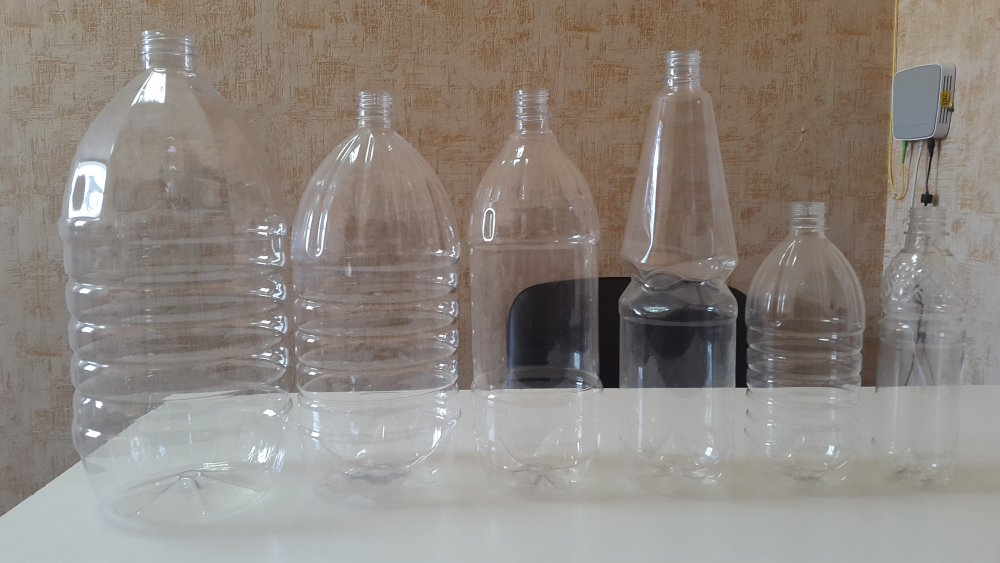 Пластмассовые бутылки
