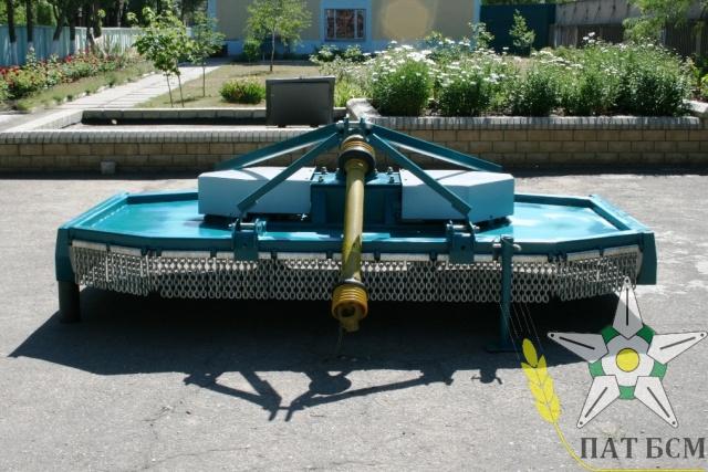 Измельчитель разбрасыватель ПРГ-3 на МТЗ, ЮМЗ.