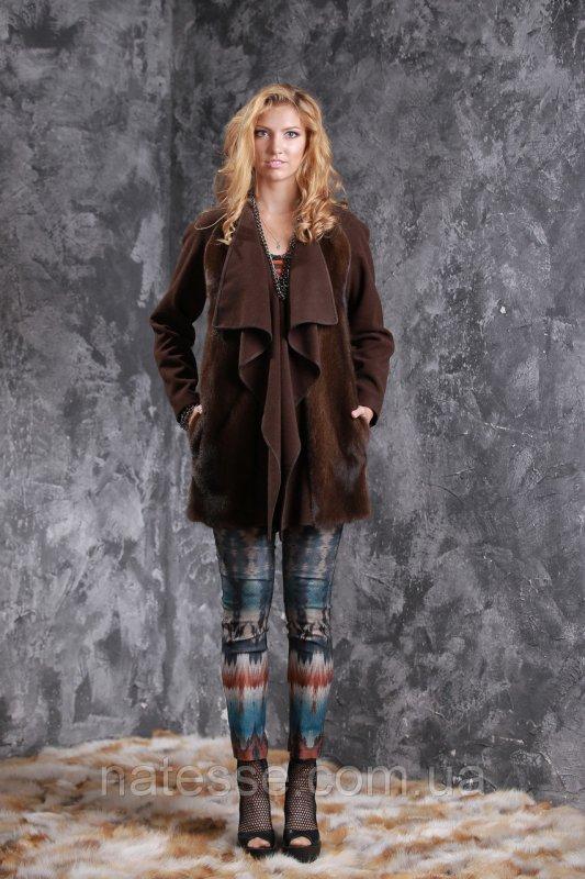 Пальто из кашемира и датской норки