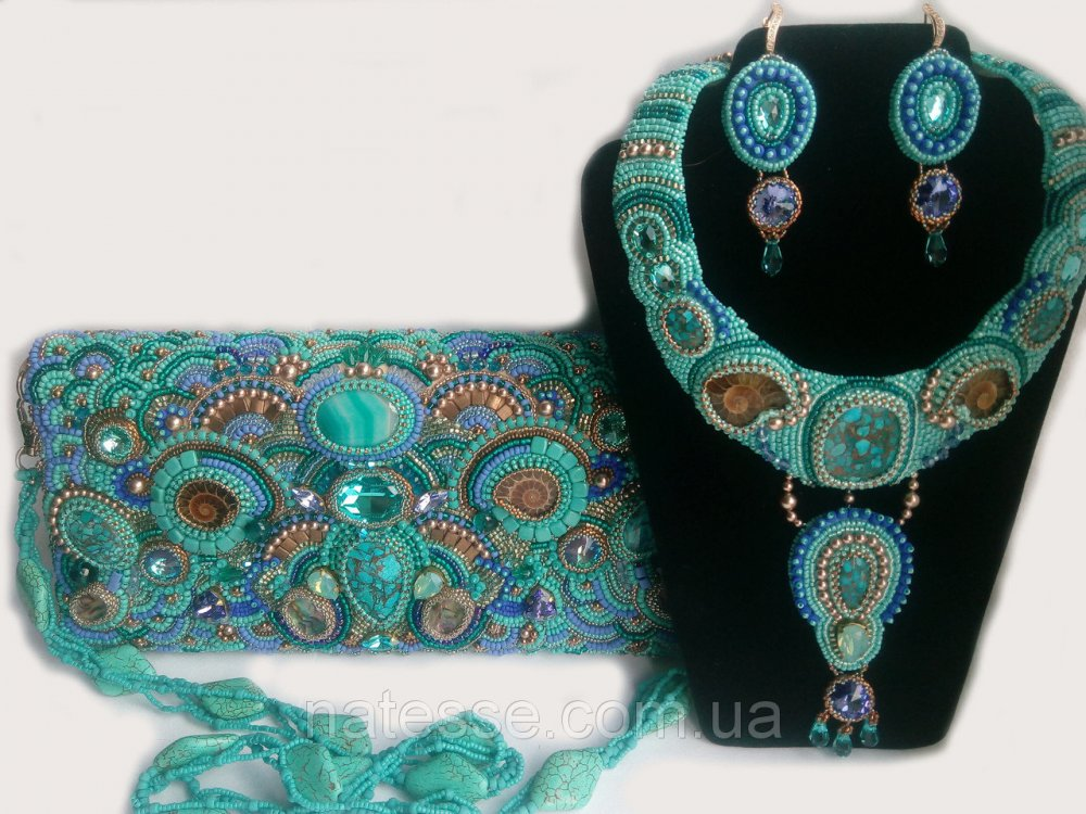 Buy Handbag of a necklace and ear ring with natural turquoise