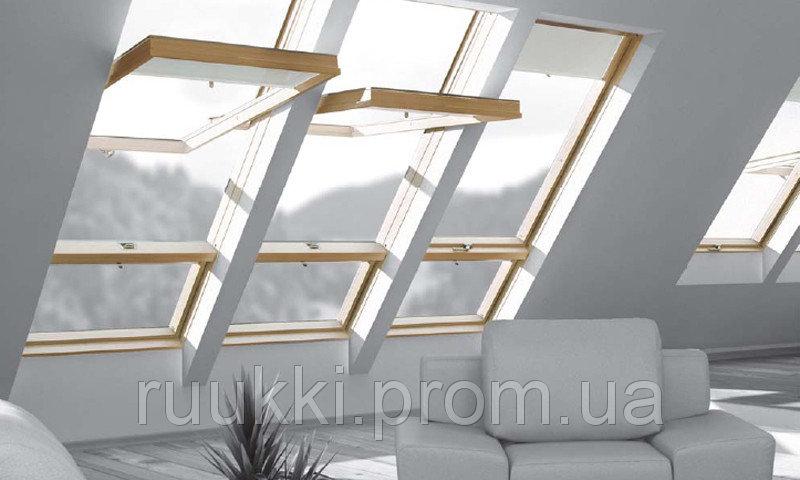 Мансардное окно Fakro окно с приподнятой осью поворота створки