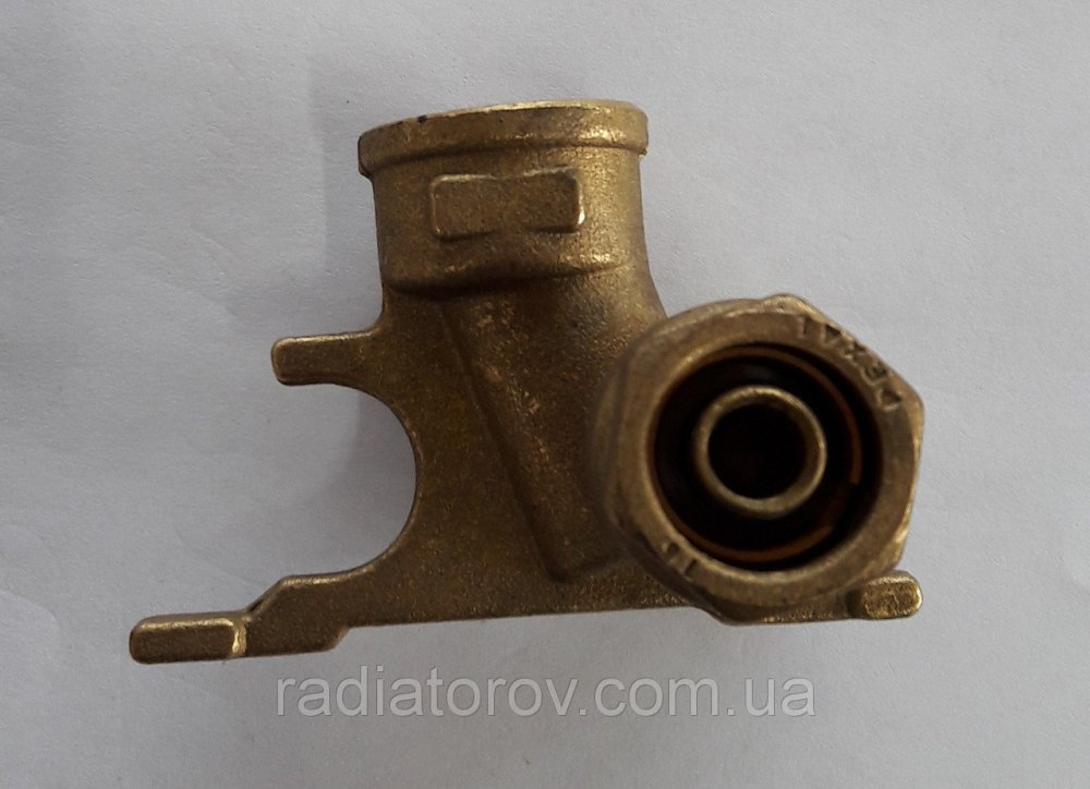 Муфта угловая с трубодержателем DX 16х1/2'' Valsir 2.25 (Италия)