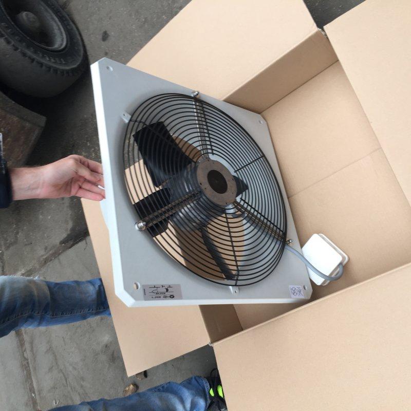 Вентиляторы для промышленных теплиц  б/у, отличного качества