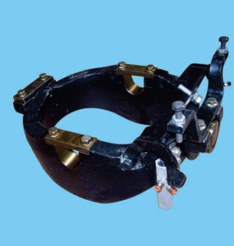Купить Крепление для цилиндров Hyva серии UM
