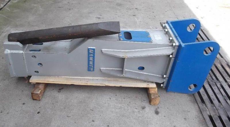 Гидромолот для экскаваторов Hammer HM 1300.