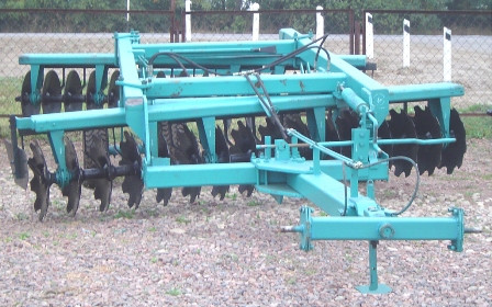 Резервни части за селскостопански брани