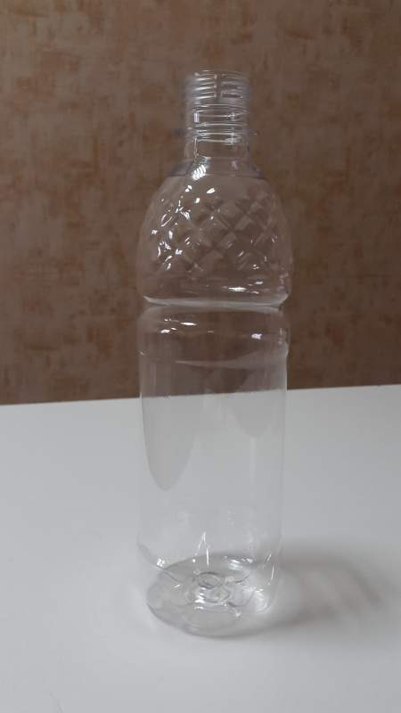 Пляшки із пластику