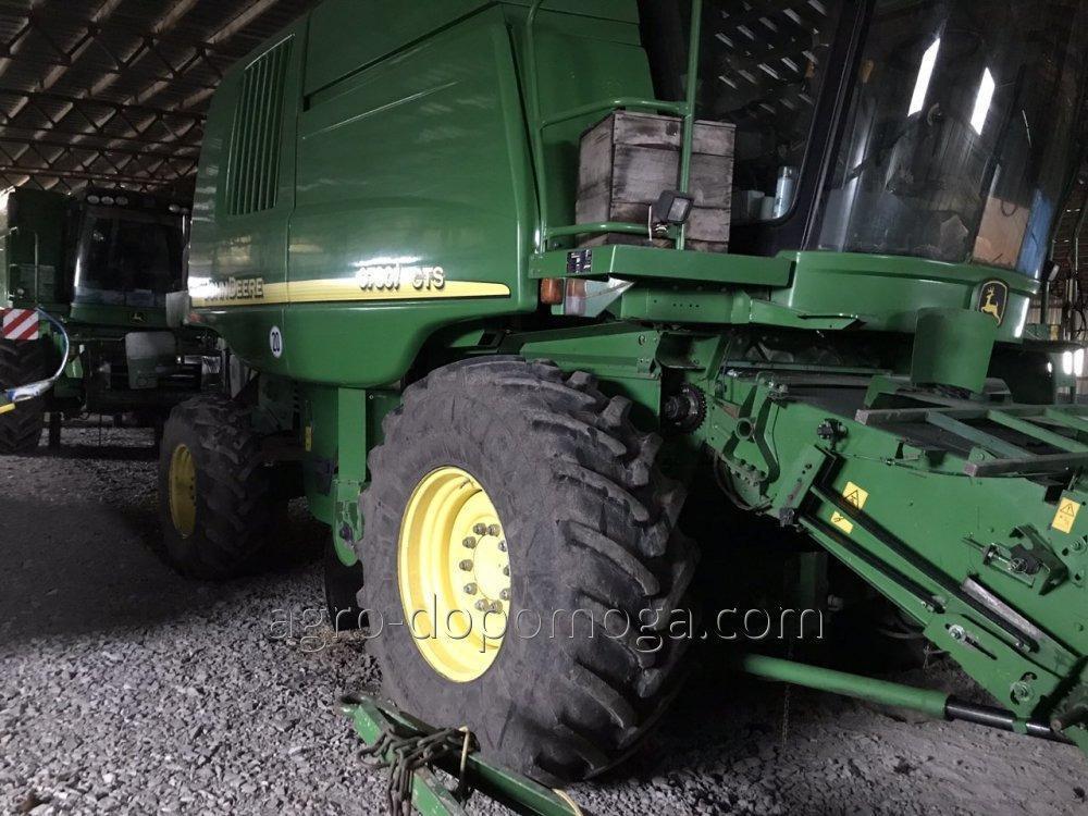 Комбайн  9780 cts бу с жатками флекс и кукурузной.