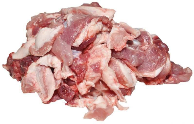 Мясообрезь из куриной четверти без кожи, замороженная