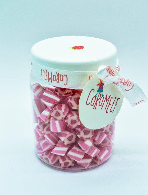 """Buy Caramel natural """"Strawberry"""" in a jar on 150 g"""