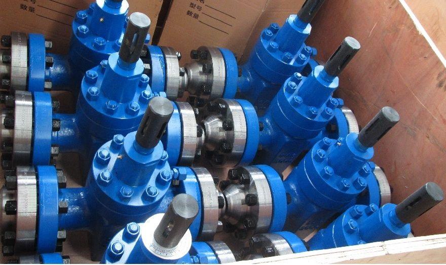 Задвижка масло заполненная, материал LF2, РУ32.0 МПа, DN 350