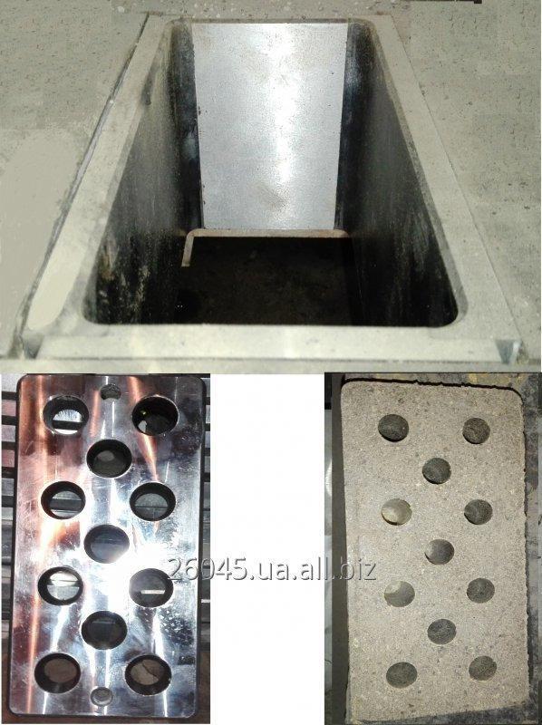 Futirovochnaja apparatuur voor de productie van bakstenen