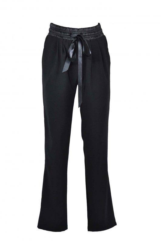Женские брюки (модель 123)
