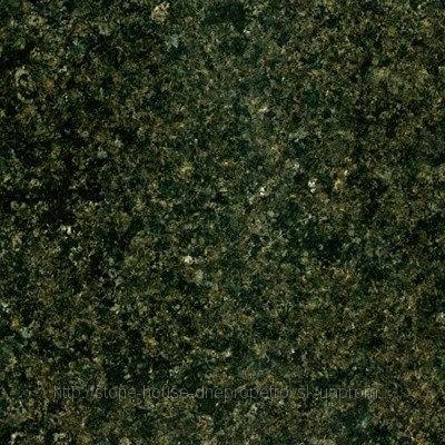 Зеленый гранит в плитке  400x400x20  204
