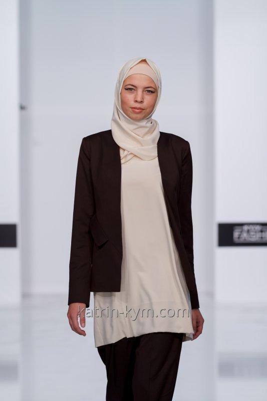 Brown tredelt dress