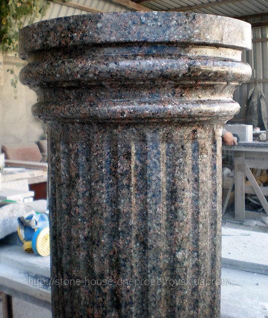 Гранитные колонны из натурального камня 02
