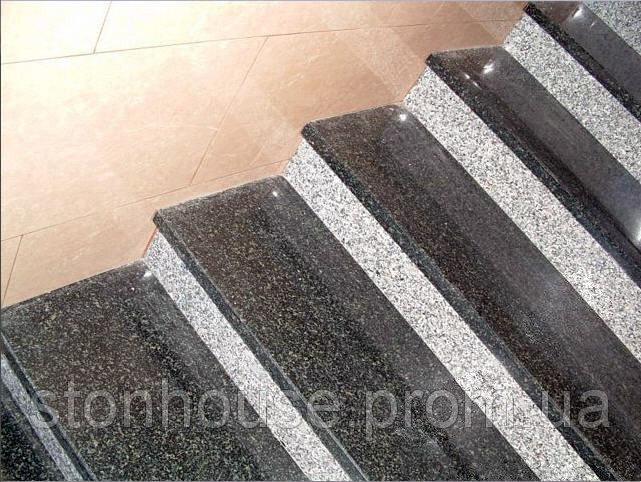 Купить Гранитные лестницы с Покостовского гранита серый 0402
