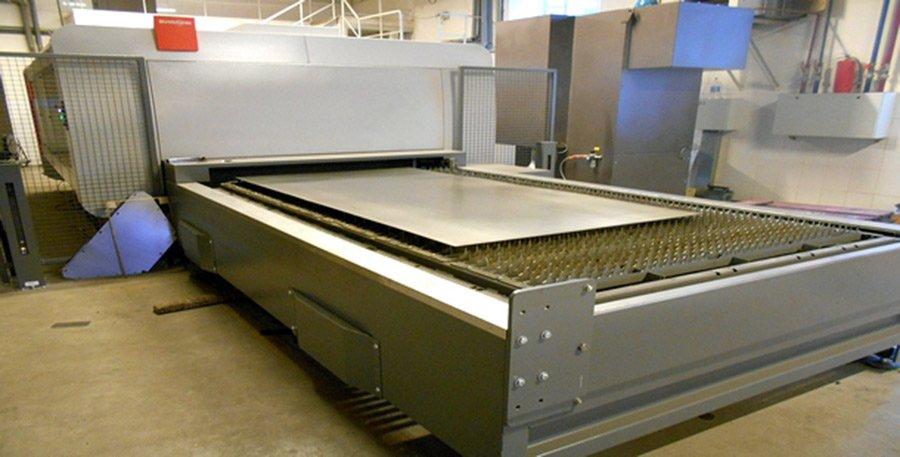 Комплексы по лазерной резки швейцарской фирмы Bystronic BySprint Pro 3015 ByLaser 3300