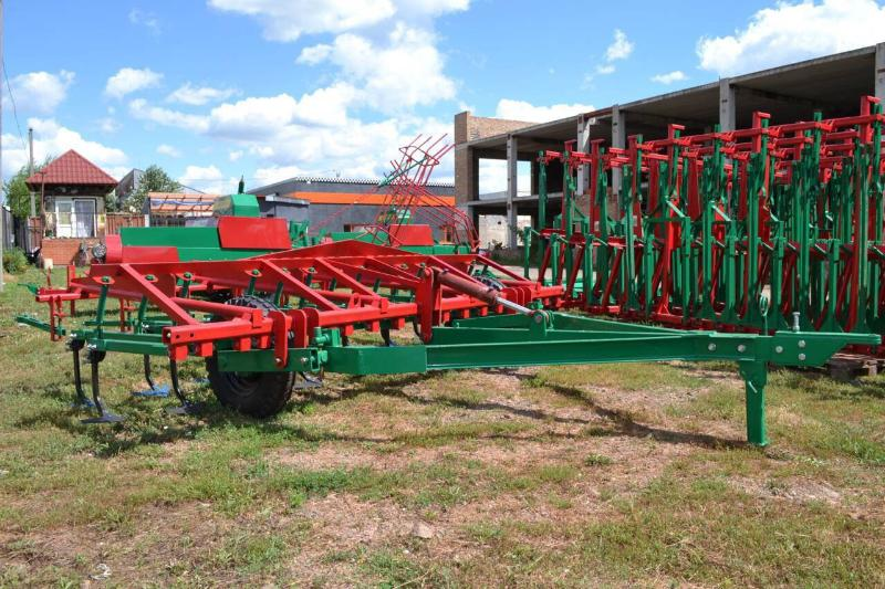 Cultivator of hook-on continuous processing of the soil of KPS-4