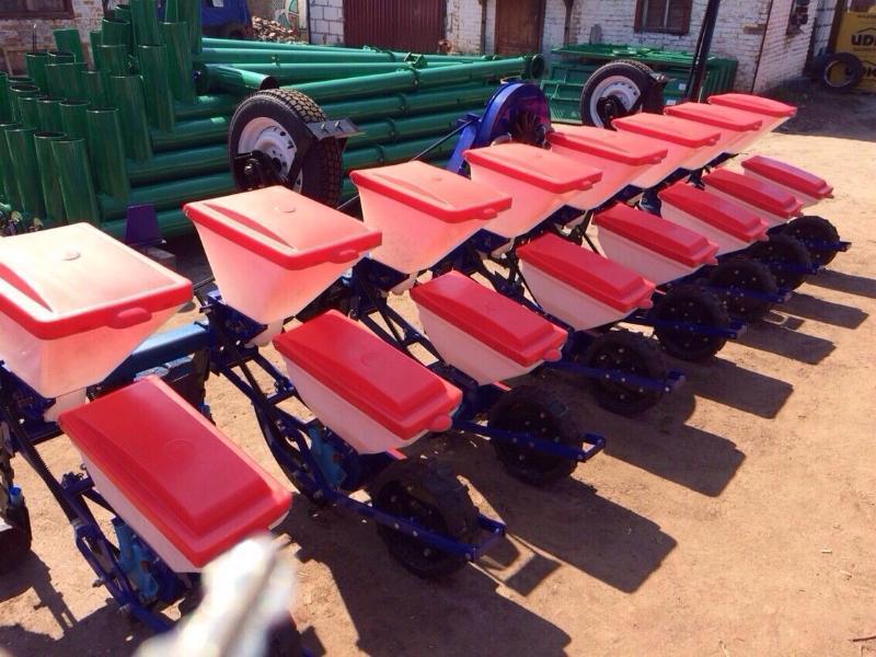 La sembradora de la siembra exacta para los cultivos de entrecavado СПЧ-8