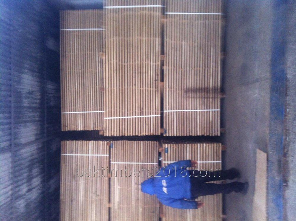 Dry oak boards 32 and 52 mm and 54 mm