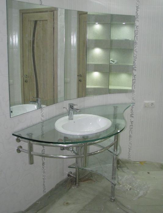 Полки стеклянные для ванной комнаты