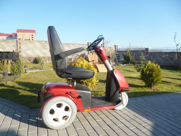 """Скутер для инвалидов """"Booster trophy 6"""""""