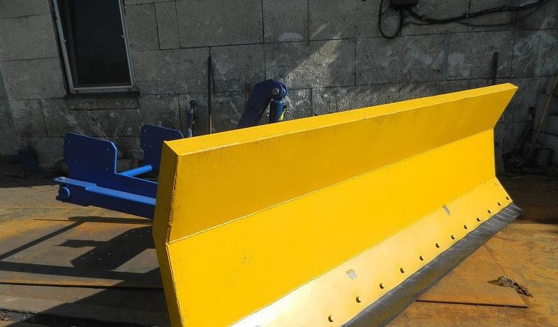 Купить Снегоочиститель (снегоотвал) на трактор МТЗ, ЮМЗ,Т-150